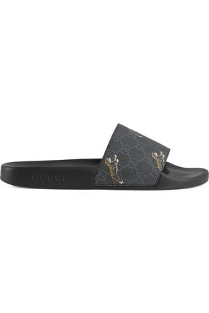 Gucci Men's GG Supreme tigers slide sandal