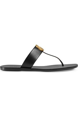 Gucci Dames Strings - Leather thong sandal with Double G