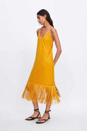 Zara Gestructureerde jurk met franjes