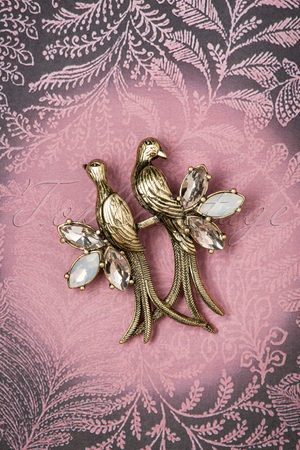 Lovely 30s Crystal Love Birds Brooch in Gold