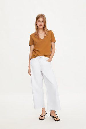 Zara Dames Shirts - T-shirt met v-hals