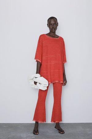 Zara Broek met structuur en metaalgaren