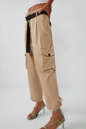 Zara Satijnachtige broek met ceintuur