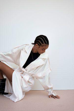 Zara Trenchcoat met iriserend effect