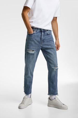 Zara Essentials jeans met scheuren