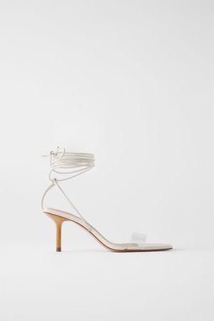 Zara Vinyl sandalen met houten hak