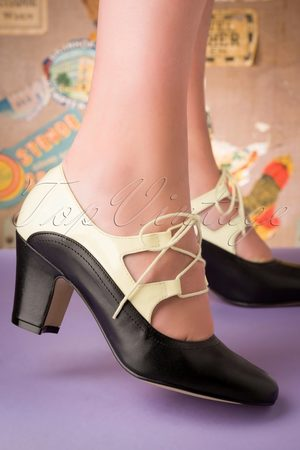 TopVintage Dames Pumps - 40s Back In Time Leather Pumps in Black and White