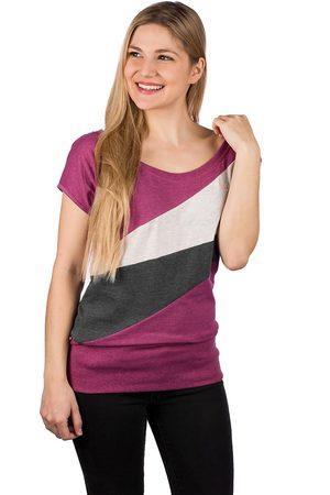 Kazane Tuva T-Shirt