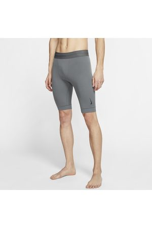 Nike Yoga Dri-FIT Herenshorts