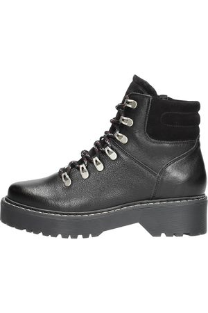 Visions Hiking Boots
