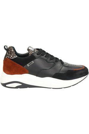 Maruti Faro dad sneakers