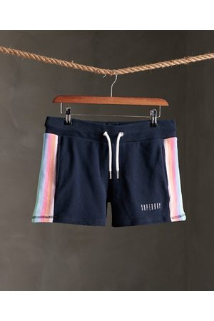 Superdry Rainbow short met rechte zoom