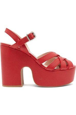 Miu Miu Dames Sandalen - Crossover-strap Platform Leather Sandals - Womens - Red