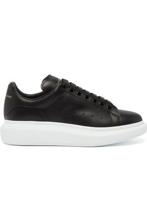 Alexander McQueen Raised-sole Leather Trainers - Mens - Black