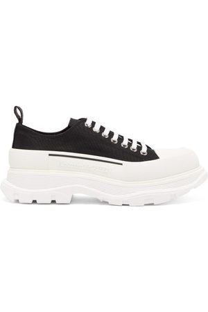Alexander McQueen Tread Slick Chunky-sole Canvas Trainers - Mens - Black White