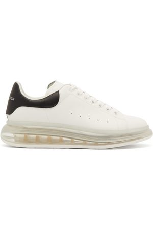 Alexander McQueen Heren Sneakers - Raised Bubble-sole Leather Trainers - Mens - White Black
