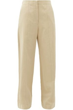 Raey Dames Chino's - Front-seam Cotton And Linen-blend Chino Trousers - Womens - Tan