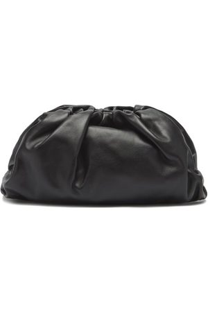 Bottega Veneta The Pouch Large Leather Clutch - Womens - Black