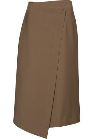 Deveaux New York Hayden asymmetric midi skirt