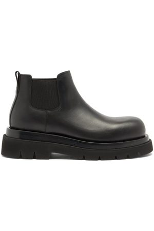 Bottega Veneta Tread-sole Leather Chelsea Boots - Mens - Black