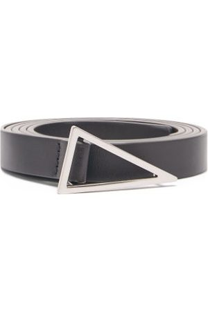 Bottega Veneta Heren Riemen - Triangle-buckle Leather Belt - Mens - Black Silver
