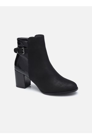I Love Shoes CAMOMY by