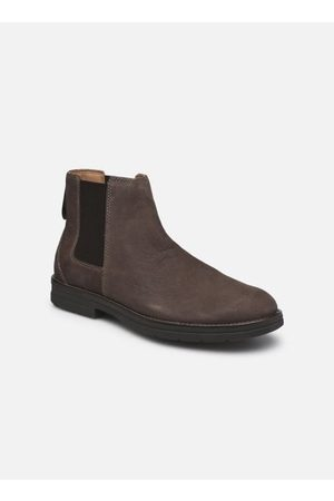 Clarks Banning Limit by