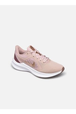 Nike Wmns Downshifter 10 by