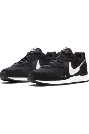 Nike Sneakers - Venture Runner