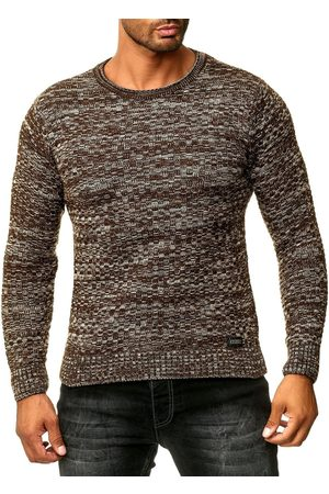 Rusty Neal Pullover
