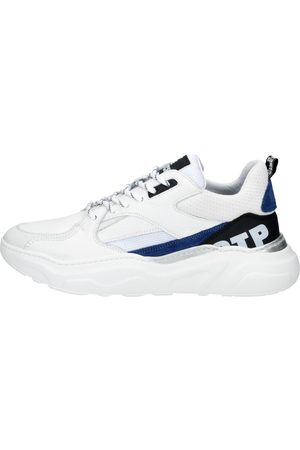 OFF THE PITCH Heren Sneakers - Cross Runner