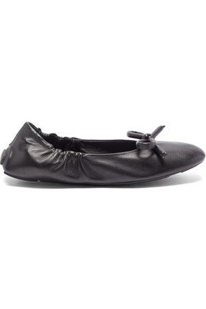 Prada Dames Ballerina's - Bow Leather Ballet Flats - Womens - Black