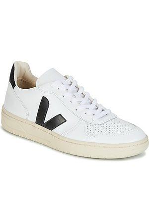 """Veja Lage Sneakers V-10"""""""