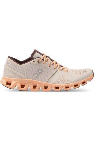 On Running Dames Sportschoenen - Dames fitnessschoenen cloud x 40.99699 silver almond