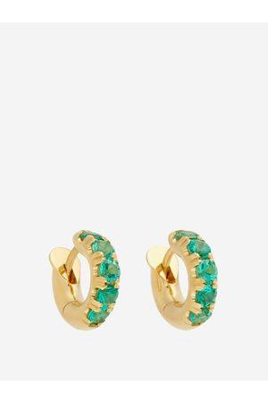 SPINELLI KILCOLLIN Dames Oorbellen - Mini Macro Emerald & 18kt Gold Huggie Earrings - Womens - Green Gold