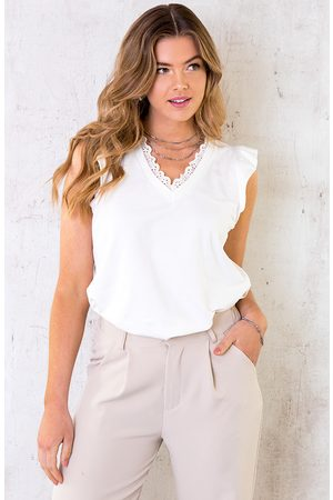 The Musthaves Dames Tops - Kanten V-hals Ruffle Top Ecru