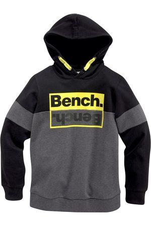 Bench Hoodie »mit kontrastfarbenen Details«