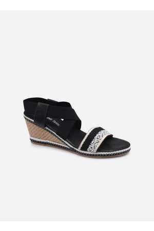 I Love Shoes THANTASTIC by