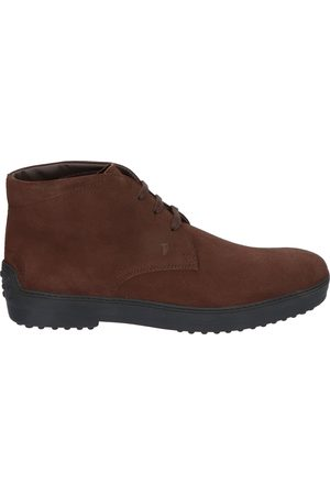 Tod's Iconic Boot in Suede Brown