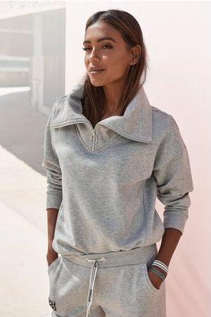 Bench Dames Sweaters - Sweater met een opstaande kraag en logoprint