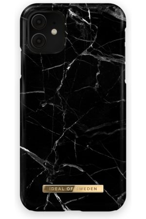 Ideal of sweden Fashion Case iPhone 11 Black Marble