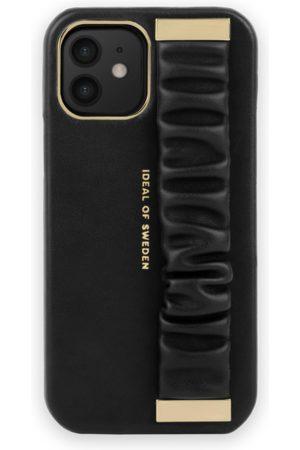 Ideal of sweden Statement Case iPhone 12 Ruffle Noir Top-Handle