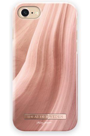 Ideal of sweden Fashion Case T.Lindgren iPhone 8 Coral Sands