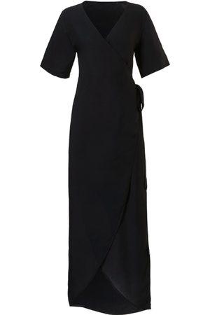 TC WOW Wrap dress black