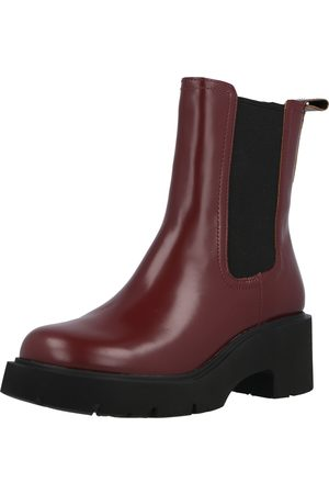 Camper Chelsea boots