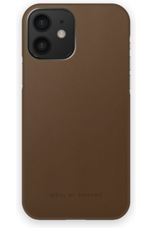 IDEAL OF SWEDEN Atelier Case iPhone 12 Intense Brown