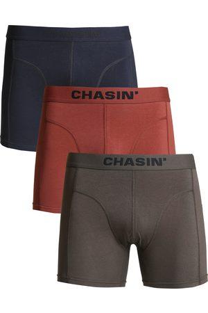Chasin' Heren Shorts - Thrice Matz