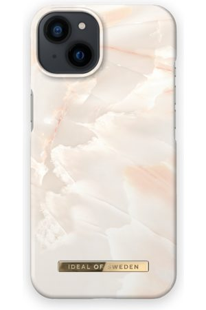 IDEAL OF SWEDEN Telefoon - Fashion Case iPhone 13 Rose Pearl Marble