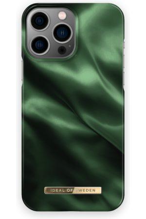 IDEAL OF SWEDEN Telefoon - Fashion Case iPhone 13 Pro Max Emerald Satin