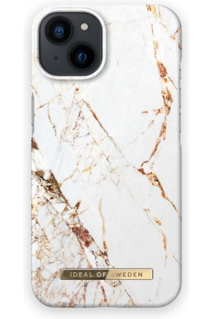 IDEAL OF SWEDEN Telefoon - Fashion Case iPhone 13 Carrara Gold